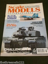 SCALE MODELS INT - CHALLENGER 2 - MARCH 1994