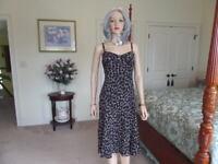 Ann Taylor 100% Silk Brown/Beige Print Fit & Flare Sheath Dress Size 10