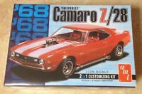 AMT 1968 Chevy Camaro Z28 2 in 1 1/25 scale model car kit new 868