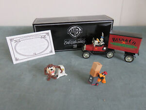 Looney Tunes 1:25 Scale 1918 Ford Delivery Truck/Ertl Warner Bros. Gallery BANK