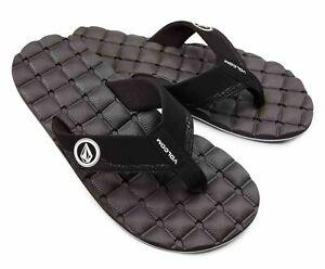 NWT Volcom Black & White Recliner Flip Flop Sandals - Size 8