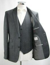 Men's A&D Grey Checked 3pc Suit (40R).. Sample 4600