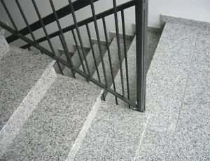 ✔ Granit Treppe grau 15 Stufen inkl. Stellstufen + Sockel /  3cm poliert✔