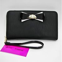 Betsey Johnson Dog Wristlet Zip Around Wallet Gold Tone Puppy Faux Leather Bow