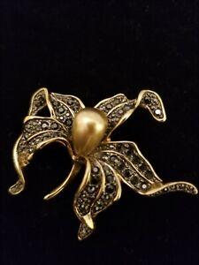 Signed KJL Kenneth Lane Black Rhinestone LILY Flower BROOCH Pin Orchid