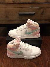 """Air Jordan 1 Mid SE 'Ice Cream"""" size 7Y  DD1666-100"""