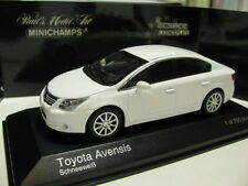 1/43 Minichamps Toyota Avensis 2009 diecast