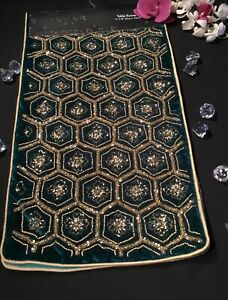 NEW Tahari Christmas Beaded Velvet Table Runner Color Dark Green Gold 13 x 48
