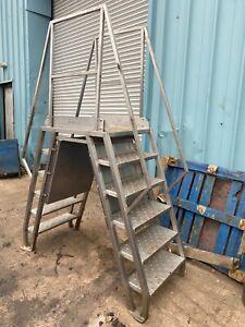 stainless Steel Cross-over Platform Ladder