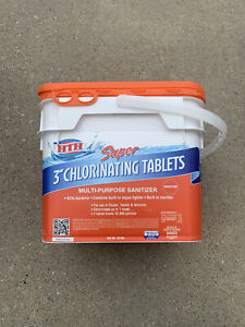 HTH Super 3-inch Chlorinating Tablets for Swimming Pools (25 lbs) - Chlorine