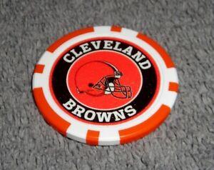 NFL CLEVELAND BROWNS SOUVENIR COLLECTIBLE POKER CHIP GOLF BALL MARKER