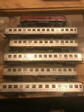 Marklin HO digital loco + 3 voitures du set 29825 + 2 voitures