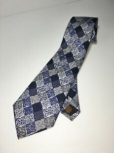 PAST TIMES MANS CELTIC KNOT PATTERN, NECK TIE IN BLUES & GREYS 100% SILK