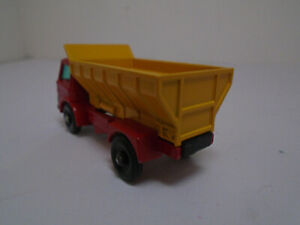 MATCHBOX #70B-4 FORD GRIT SPREADER TRUCK. RESTORED/MODIFIED. RARE DARK YELLOW.NM