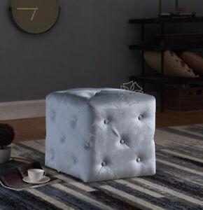 Plush Velvet Buttoned Chesterfield Pouffe Vanity Chair Sofa Stools