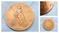 Médaille figure divine Déesse F.Vernon cyclisme offerte par Méridional,bronze.