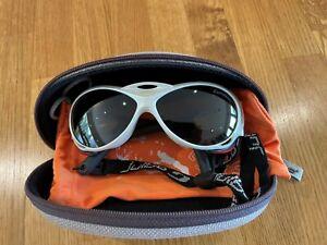 Julbo Explorer Cameleon – White Photochromic Sports Sunglasses