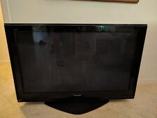 Panasonic Viera TH-50PZ700U TV 50 Inch plasma, Includes factory stand and remote