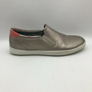 Ecco Womens Slip On Shoes Silver Metallic Leather Round Toe Low Top 8-8.5 EUR 39