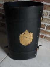 paraplubak ovaal kunststof met zwart leder en gespen afgewerkt bag pour paraplui