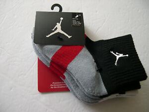 Nike Jordan Jumpman Red Stripe Quarter Socks Size 5-7 Shoe Size 10C-3Y