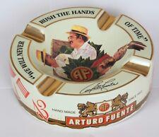 Großer Arturo Fuente Story Zigarrenaschenbecher beige
