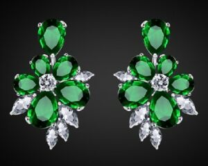 GIFT BOXED Silver Emerald Green Paste Drop CRYSTAL EARRINGS UK