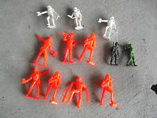 Lot of Vintage 1970s Mpc Other Plastic Toy Soldier Figures Look
