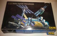 Heller 1:125 International Space Station model kit Spatiale Internationale