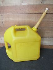 Blitz 5 gal Plastic Diesel Fuel Can & Old Style Spout w/ Screen & End Cap