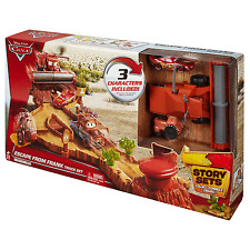 Disney Cars Escape From Frank track set incl Lightning McQueen Frank & Tractor
