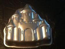WILTON ENCHANTED CASTLE PRINCESS BIRTHDAY PARTY CAKE PAN MOLD 2105-2031   #68/3