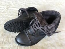 Rue 21 Etc Lace Up Brown Plaid Combat Style Ankle Boots Size 8/9