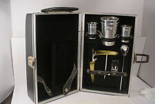 Vintage Londonaire Portable Pub Travel Bar With Accessories in Hard Case Mad Men