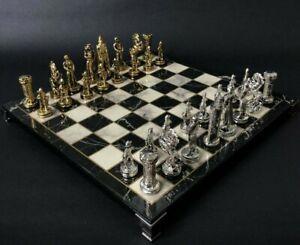 Chess Set Zamak Metal British Kingdom With Marble Pattern Chess Board