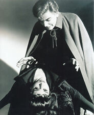 Yvonne Monlaur and David Peel UNSIGNED photo - H7879 - The Brides of Dracula