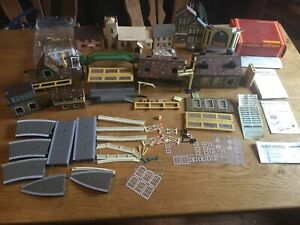 Hornby Railway 00guage Buildings And Accessories