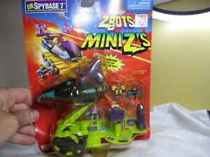Galoob Micro Machines ZBots Micro Machines Mini Z's - Spybase 7 w/ Figures