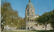 postcard USA   Kansas  state Capitol  Topeka unposted