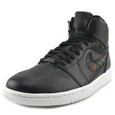 Scarpe da uomo neri Jordan