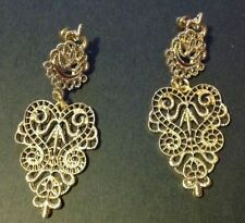 Screw Back (pierced) Yellow Gold Fashion Earrings