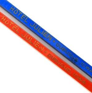Dubuque, IA Hotel Julien Spir-It Swizzle Sticks Red Blue Plastic Vtg LOT of 2 E4
