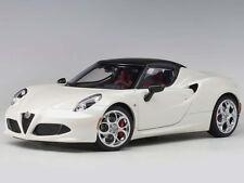 Autoart Alfa Romeo 4C Spider 1:18 Model Car BIanco Trofeo White 70141