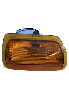 LAND ROVER DISCOVERY 1 FRONT RIGHT INDICATOR PRC9307