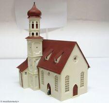 VOLLMER 50956 Kirche mit Pfarrer fertig gebaut - 1:87