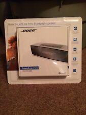 New Bose Soundlink Mini II Bluetooth Speaker Carbon/Black 789620-1710 Sealed