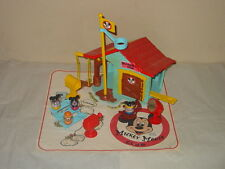 VINTAGE HASBRO MICKEY MOUSE CLUB WEEBLES PLAY HOUSE VERY NICE