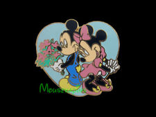 Mickey and Minnie Mouse in LOVE HEART Disney 2004 Pin