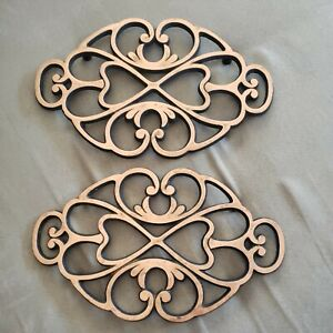 Set 2 Pampered Chef Round Up From The Heart 2009 Copper & Cast Iron Heart Trivet
