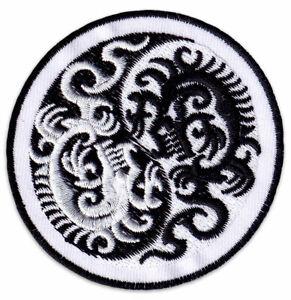 Yin & Yang Drachen Kampf-Sport Judo Karate Ying Aufnäher Aufbügler Patch Sticker